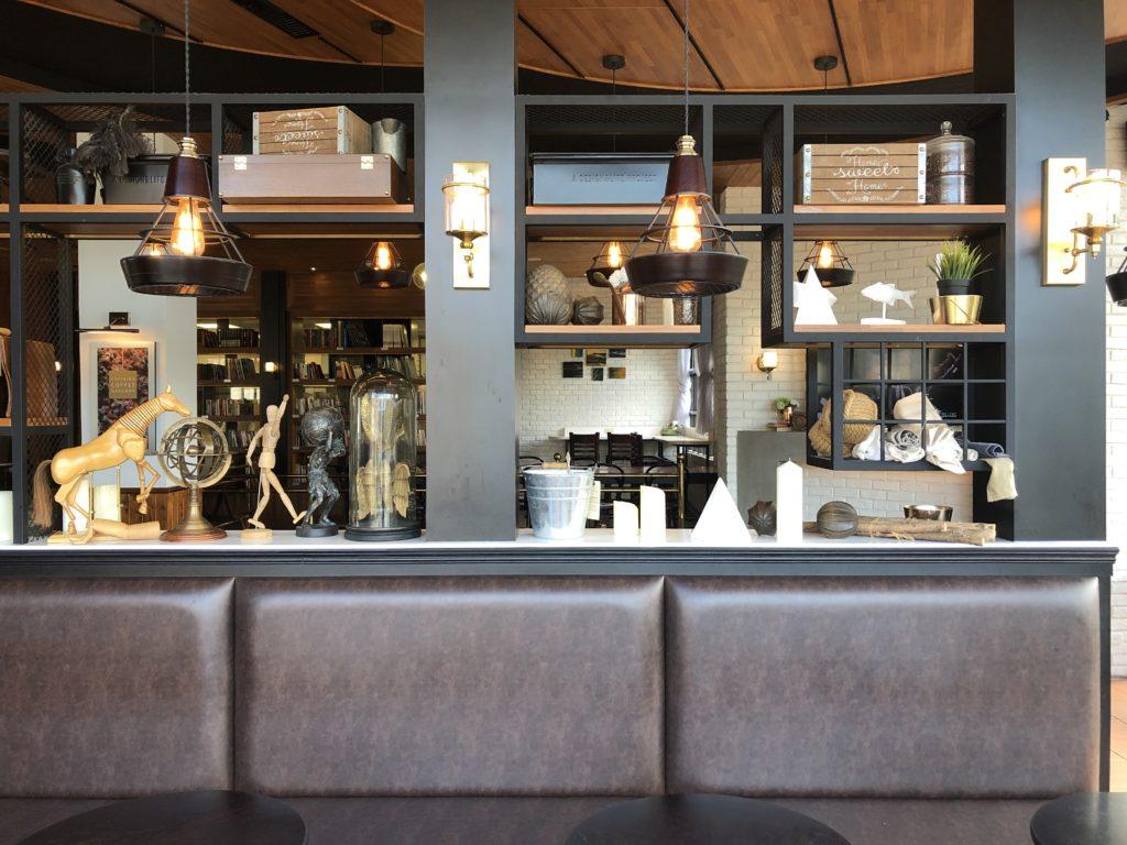 台中卡啡那咖啡廳-內部2F
