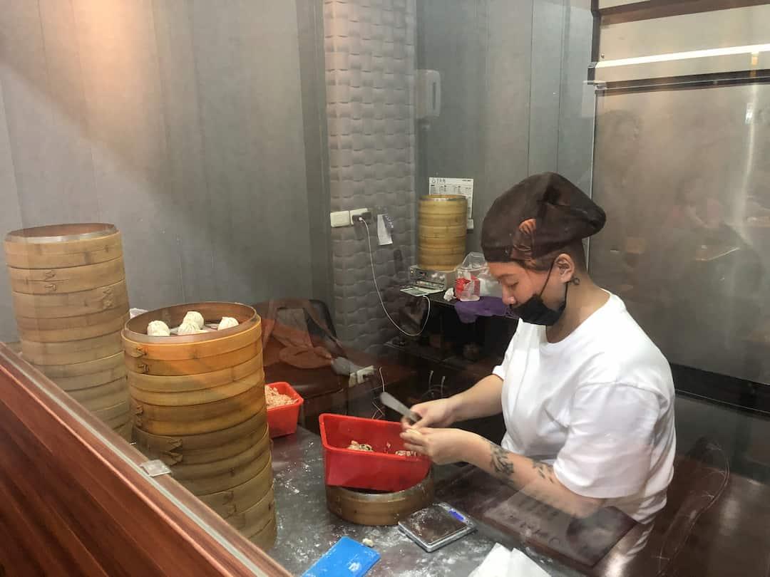 【台中西區】皇宸饌小籠湯包-向上店-現包滿滿肉餡薄皮爆湯小籠包!【2019菜單】